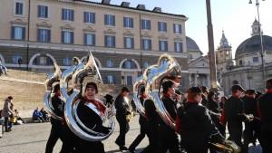 Paradorkester på Piazza del Popolo