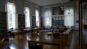 Det stora biblioteket - något ljusare.